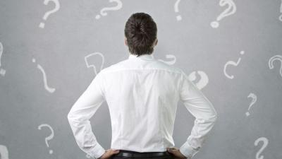 Question homme interrogation decision 4717979 min